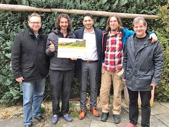 Verein Atelier A mit Angelo Lagona, Kundenberater Individualkunden Schweiz (in der Mitte des Bildes)